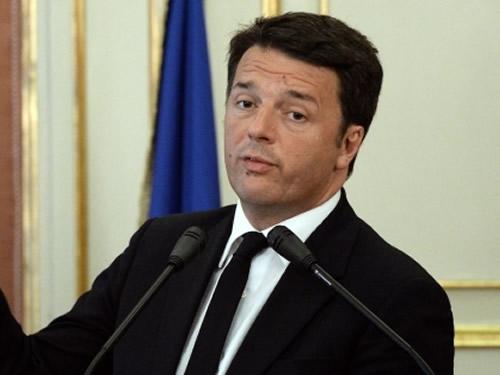 Flop nella sfiducia a Renzi, il Governo va avanti e si difende Foto